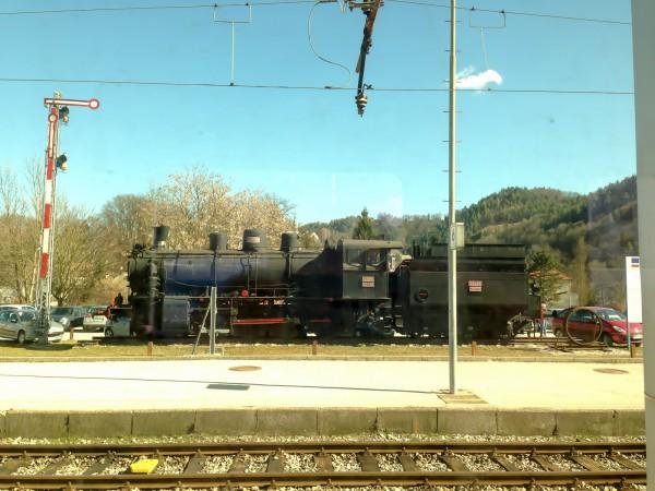 Auf dem Bahnhof in Celje