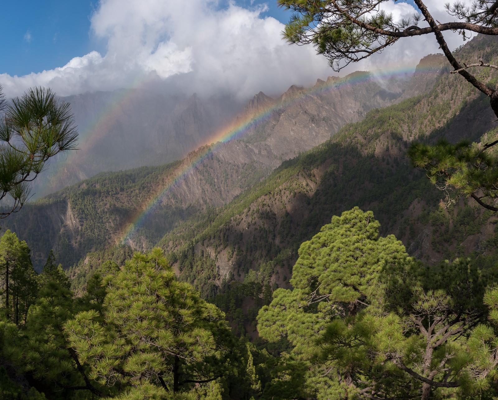 Regenbogen in der Caldera de Taburiente